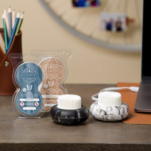 Father's Day Collection — Mini Fan Diffusers — Marble Black and Marble White